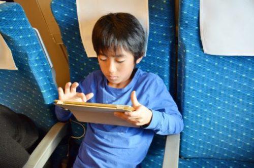 通信教育は専用タブレットを買う必要があるか?