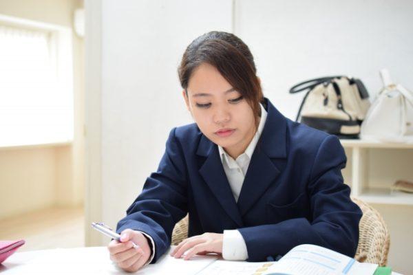 """中学生が英検を勉強するのに自宅で""""2次面接対策""""までできる通信教育"""