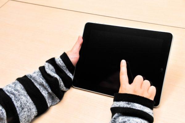 中学生がタブレットを使った勉強で成績アップにつながる3つのプラス