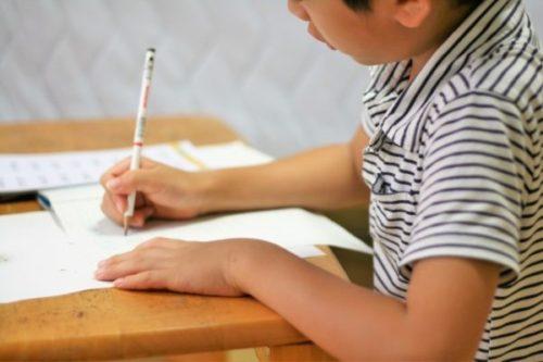 中学生が「テストの点が上がらない」ときの原因と対策①一夜漬け